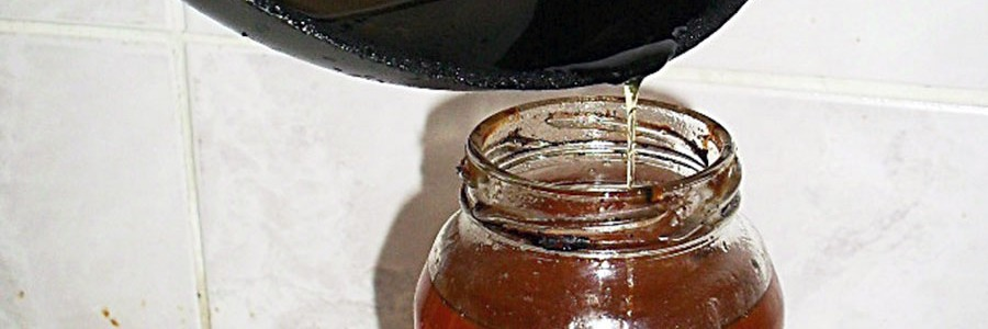 Sevilla inicia los trámites para cambiar el sistema de recogida selectiva de aceites domésticos