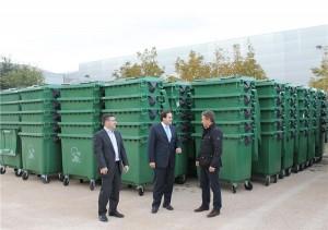 Presentación de los nuevos contenedores de RSU