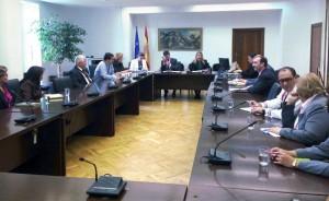 Guillermina Yanguas encuentro con representantes medioambientales latinoamericanos
