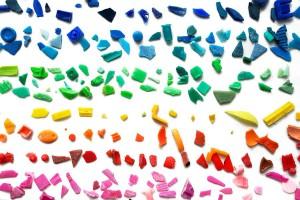 los residuos plásticos se acumulan en todos los océanos