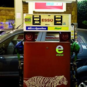El etanol aumenta el rendimiento de motores de gasolina