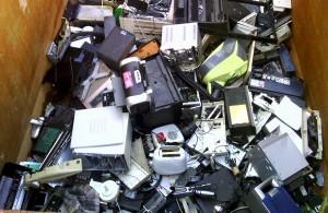 La obsolescencia programada está detrás de gran parte de los residuos electrónicos que generamos