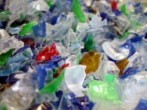 El proyecto DESCONTAPOL desarrolla un sistema más eficiente de reciclado de plástico