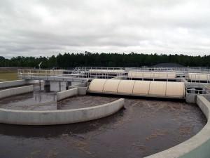 Los productos farmacéuticos y de cuidado personal son contaminantes comunes en las aguas residuales