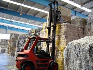 El sector de la recuperación y el reciclaje de papel y cartón da empleo directo a más de 3.000 personas en España