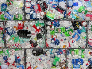 Latas de aluminio recicladas
