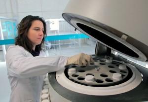 El proyecto de I+D busca obtener un combustible biomásico a partir de los lodos generados en las EDAR