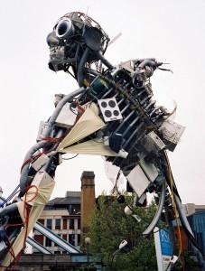 Los concursantes deberán utilizar residuos electrónicos en sus creaciones