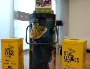 Nueva campaña para fomentar el reciclaje de latas entre trabajadores y usuarios del Aeropuerto de Barcelona-El Prat