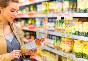 Los consumidores comprueban cada vez más la información sobre un producto antes de comprarlo