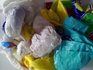 Francia prohibirá las bolsas de plástico a partir de enero de 2016
