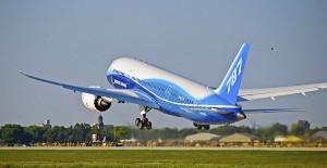 Boeing evalúa aprovechar residuos forestales como biocombustible para aviones