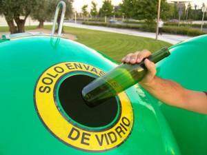 Ecovidrio espera recuperar estas Navidades casi el 20% del total de vidrio reciclado en todo el año