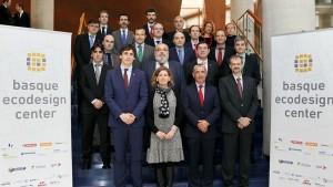 la industria vasca firma un acuerdo de colaboración para incorporar el ecodiseño a sus procesos productivos