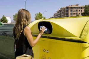 España es ya el segundo país europeo en reciclaje de plástico de origen doméstico