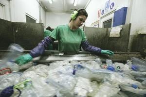 Ecoembes y Ecoalf se unen para limpiar de residuos el Mediterráneo