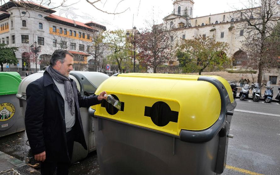 Nuevos contenedores de envases en Santander