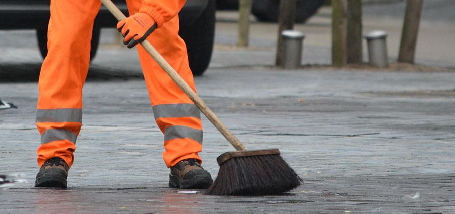 Jaén renuncia a municipalizar el servicio de recogida de residuos y limpieza viaria