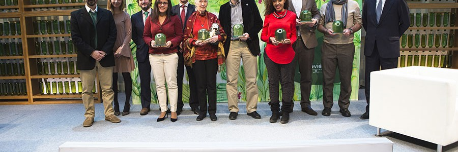 Ecovidrio distingue a Jane Goodall como 'Personalidad Ambiental del Año 2016' en sus XVII Premios Periodísticos