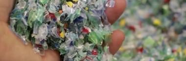 SUEZ apuesta por la tecnología de TOMRA para el reciclaje de botellas de PET