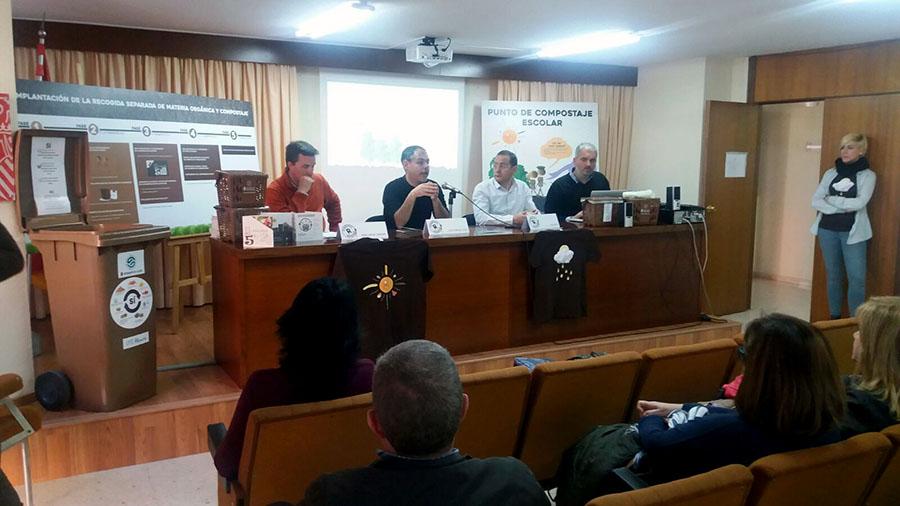 Presentada la recogida selectiva de biorresiduos a los centros escolares de Alicante
