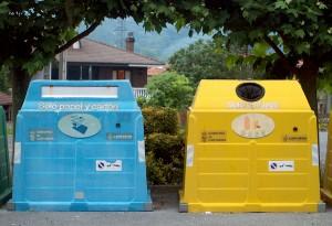 contenedores de residuos sólidos urbanos en Cantabria