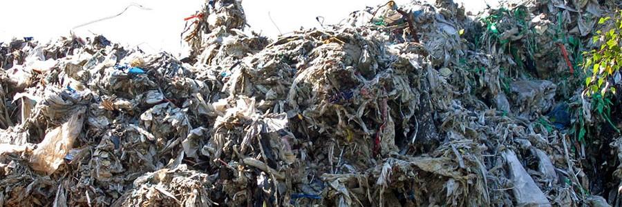 Sistema para aprovechar los residuos papeleros como aislante en la construcción