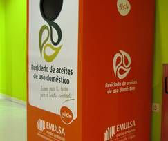 contenedores de aceite usado
