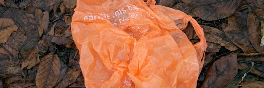 Europa quiere prohibir los plásticos más contaminantes