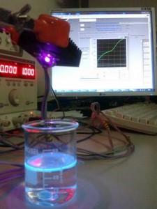 sensores LED para la detección temprana de hidrocarburos en ríos