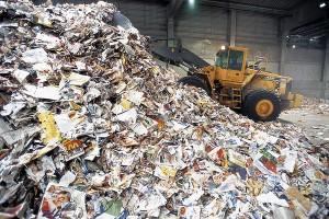 Aún existen diez millones de toneladas de papel recicclable que se vierten o incineran