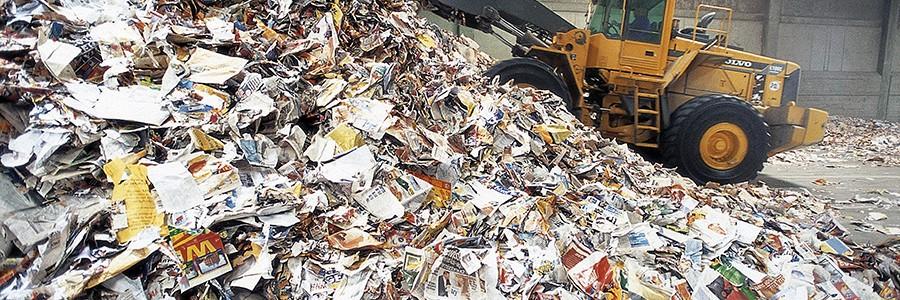 La industria papelera europea reclama la prohibición del vertido y la incineración de papel reciclable