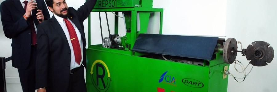 Presentan la primera máquina de reciclaje de poliestireno expandido fabricada en México