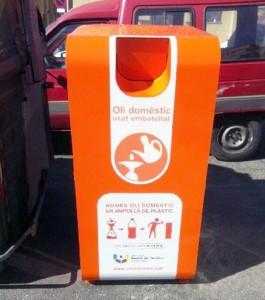 nuevos contenedores para recoger el aceite vegetal usado en Sabadell