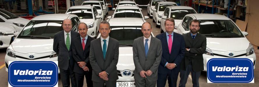 Valoriza Servicios Medioambientales renueva su flota con 17 híbridos Toyota