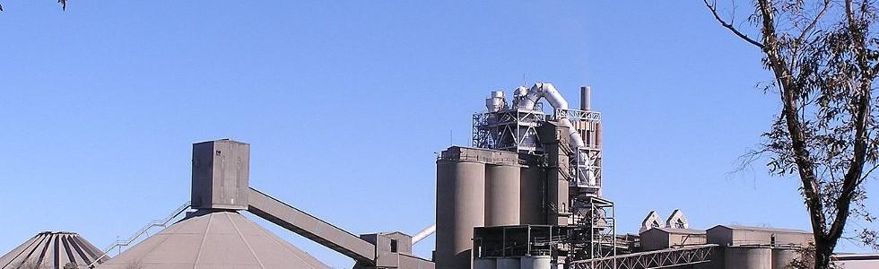 Declarada ilegal la incineración de residuos en las tres cementeras de Castilla y León