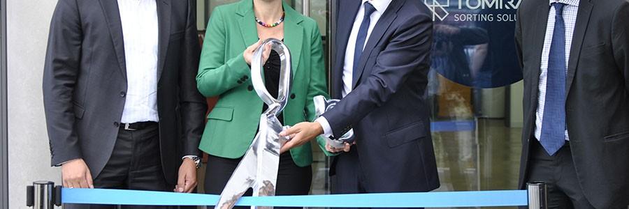 TOMRA Sorting Recycling inaugura su innovador centro de atención al cliente