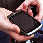 El coste ambiental de que tu móvil vibre