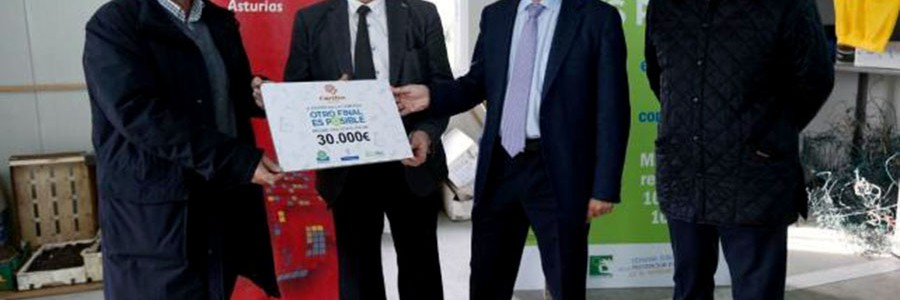 Cáritas Asturias recibe 30.000 euros gracias a la recogida de residuos electrónicos