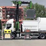 Desarrollan un innovador equipo de recogida de contenedores de residuos más eficiente y versátil