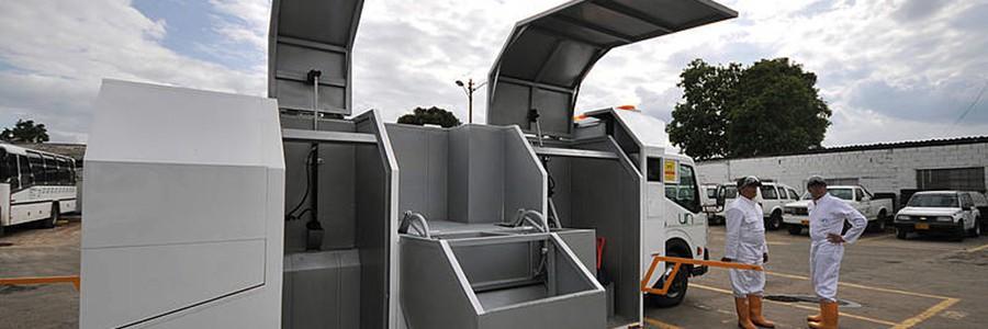 Primer vehículo reglamentario para el transporte de residuos peligrosos en Colombia