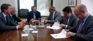 Los gestores de residuos peligrosos firman un acuerdo con la Oficina Española de Cambio Climático para reducir las emisiones de SF6
