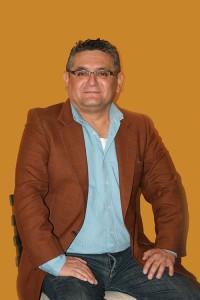 Michelena describe el conflicto entre las víctimas de la contaminación y la empresa Texaco-Chevron