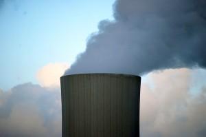 Aumentan las emisiones de CO2 y la quema de carbón, y baja la producción renovable