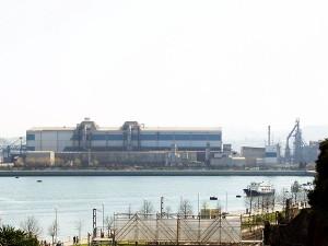 La factoría vizcaína de Arcelor, banco de pruebas de un proyecto de reciclaje de residuos de acero
