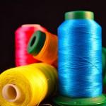 Proyecto para obtener hilo reciclado a partir de residuos textiles