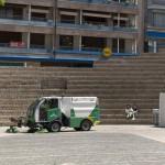 El Ayuntamiento de Vitoria-Gasteiz extremará el control sobre el servicio de limpieza viaria de la ciudad
