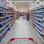 Francia: retirada la norma que prohibía tirar alimentos a los supermercados