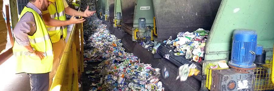 La planta de tratamiento de residuos de Almería gestiona 85.000 toneladas al año