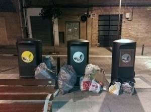 Galdakao tomará medidas contra quienes dejen bolsas de basura en la vía pública